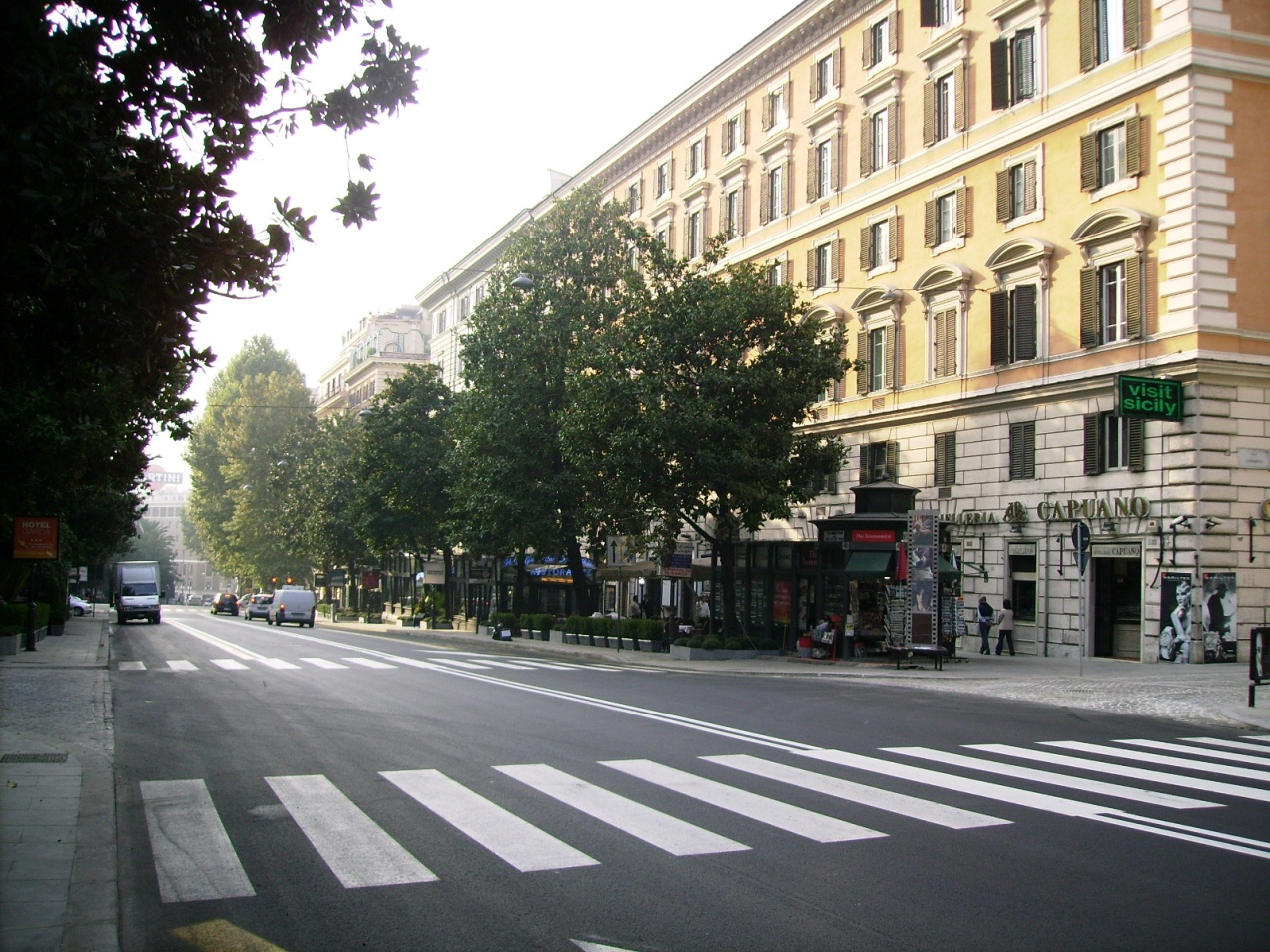 via veneto in the morning