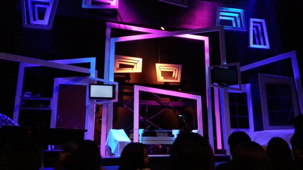 SA WAKAS stage design