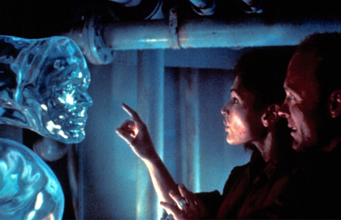 the-abyss-james-cameron-35mm